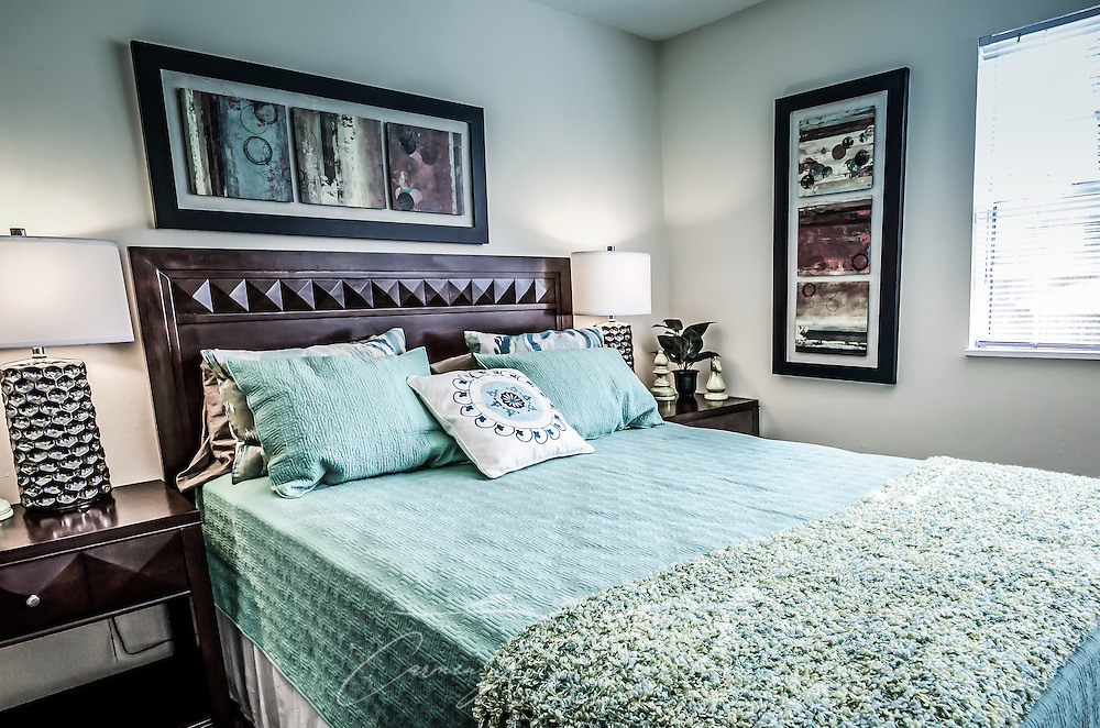 A bedroom at Autumn Woods Apartments, located on Foreman Road in Mobile, Alabama. The apartment complex is owned and operated by Sealy Management Co. (Photo by Carmen K. Sisson)