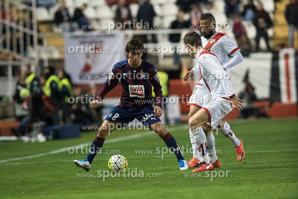 12.03.2016, Estadio de Vallecas, Madrid, ESP, Primera Division, Rayo Vallecano vs SD Eibar, 29. Runde, im Bild Rayo Vallecano's Diego LLorente (L) and Bebe and Sociedad Deportiva Eibar's Takashi Inui // during the Spanish Primera Division 29th round match between Rayo Vallecano and SD Eibar at the Estadio de Vallecas in Madrid, Spain on 2016/03/12. EXPA Pictures &copy; 2016, PhotoCredit: EXPA/ Alterphotos/ Borja B.Hojas<br /> <br /> *****ATTENTION - OUT of ESP, SUI*****