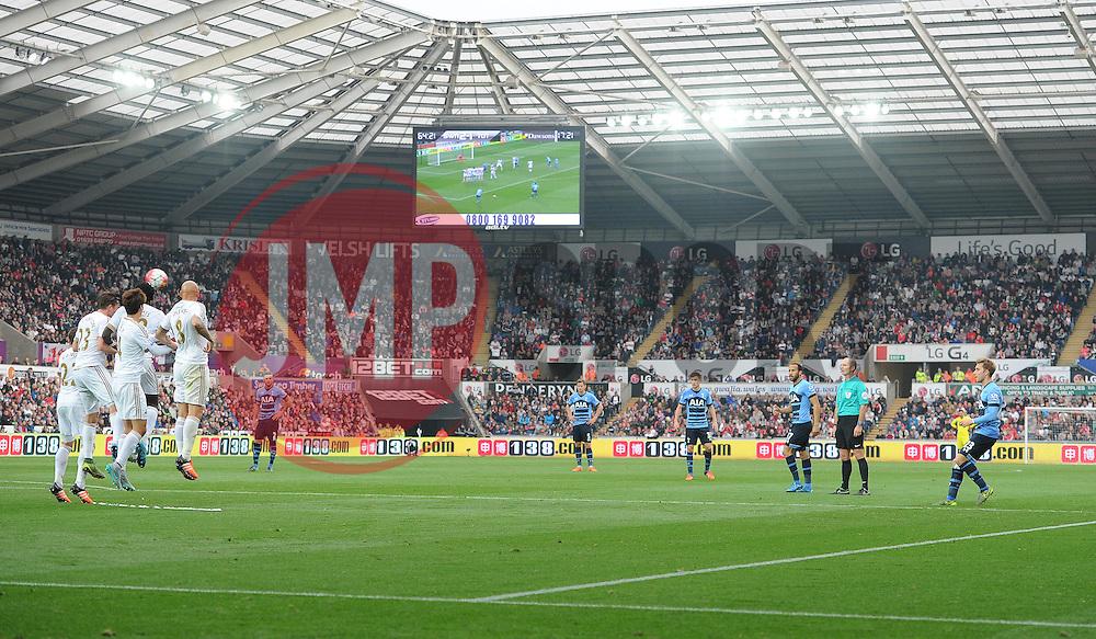Christian Eriksen of Tottenham Hotspur scores a ferric to make it 2-2 - Mandatory byline: Alex James/JMP - 07966 386802 - 04/10/2015 - FOOTBALL - Liberty stadium - Swansea, England - Swansea City  v Tottenham hotspur - Barclays Premier League