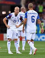 FUSSBALL WM 2018  Vorrunde  Gruppe D  ---- Island - Kroatien           26.06.2018 Emil Hallfredsson (li) und Ragnar Sigurdsson (re, Island)