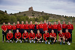 ALHAURÍN EL GRANDE, SPAIN - TUESDAY, MARCH 5, 2019: Wales players pose for a team group photograph during a pre-match team walk at the at Alhaurin Golf Resort in Spain. L-R: Natasha Harding, Angharad James, Megan Wynne, Emma Jones, Grace Horrell, goalkeeper Olivia Clarke, Rhiannon Roberts, Kayleigh Green, Gemma Evans, goalkeeper Laura O'Sullivan, Helen Ward, Loren Dykes, captain Sophie Ingle, goalkeeper Claire Skinner, Hayley Ladd. Front row L-R: Charlie Estcourt, Kylie Nolan, Cori Williams, Nadia Lawrence, Jessica Fishlock, Ffion Morgan, Tamsyn Sibanda, Ella Powell, Gwennan Davies. (Pic by David Rawcliffe/Propaganda)