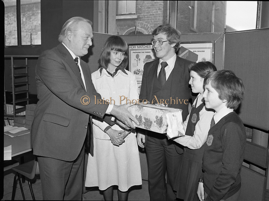 1980-03-07.7th March 1980.07/03/1980.03-07-80..Photographed at Maguire & Paterson, Dublin..Watching the Matching:..From Left:..Alan Buttanshaw, Managing Director of Maguire & Paterson..Sheila Hughes & Rodney Chichignoud, both members of the winning group entry from the 5th and 6th class, St Colmcille's National School, Knocklyon, Templeogue, Dublin..Ruth Buchanan, presenter of RTE's Poparama..Paul Dalton, teacher at St Colmcilles National School.
