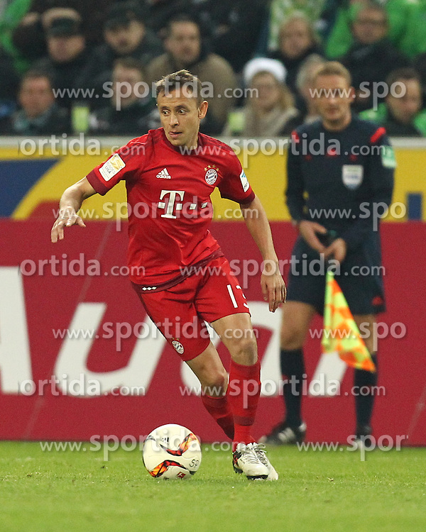 05.12.2015, Stadion im Borussia Park, Moenchengladbach, GER, 1. FBL, Borussia Moenchengladbach vs FC Bayern Muenchen, 15. Runde, im Bild Rafinha (#13, FC Bayern Muenchen), // during the German Bundesliga 15th round match between Borussia Moenchengladbach and FC Bayern Muenchen at the Stadion im Borussia Park in Moenchengladbach, Germany on 2015/12/05. EXPA Pictures &copy; 2015, PhotoCredit: EXPA/ Eibner-Pressefoto/ Deutzmann<br /> <br /> *****ATTENTION - OUT of GER*****