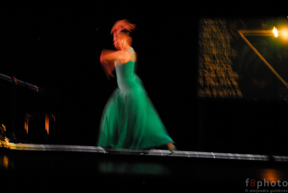 The spanish dancer Belén Maya during a performance in the First Dance Festival Ibérica Contemporánea, Querétaro, México, 2007