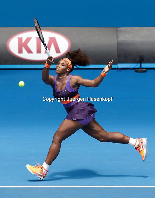 Australian Open 2013, Melbourne Park,ITF Grand Slam Tennis Tournament, Serena Williams (USA),,Aktion,Einzelbild,Ganzkoerper,Hochformat,.