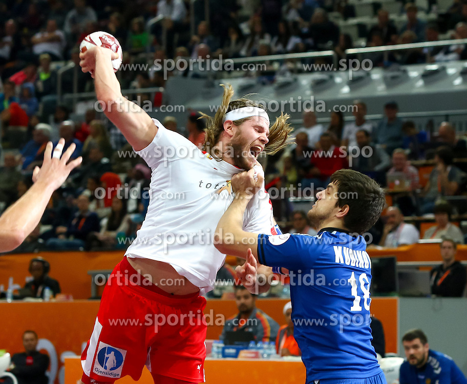 22.01.2015, Lusail Multipurpose Hall, Lusail, QAT, IHF, Handball Weltmeisterschaft der Herren, QAT, IHF WM, Herren, Russland vs Dänemark, Gruppe D, im Bild Mikkel Hansen (DEN), Sergey Kudinov (RUS) // during the IHF Handball World Championship group D match between Russia and Denmark at the Lusail Multipurpose Hall, Lusail, Qatar on 2015/01/22. EXPA Pictures © 2015, PhotoCredit: EXPA/ Sebastian Pucher