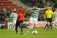 FOOTBALL - UEFA EUROPA LEAGUE 2011/2012 - GROUP STAGE - GROUP I - STADE RENNAIS v CELTIC - 20/10/2011 - PHOTO PASCAL ALLEE / DPPI - JOE LEDLEY (GLA) / ALEXANDER TETTEY (REN)