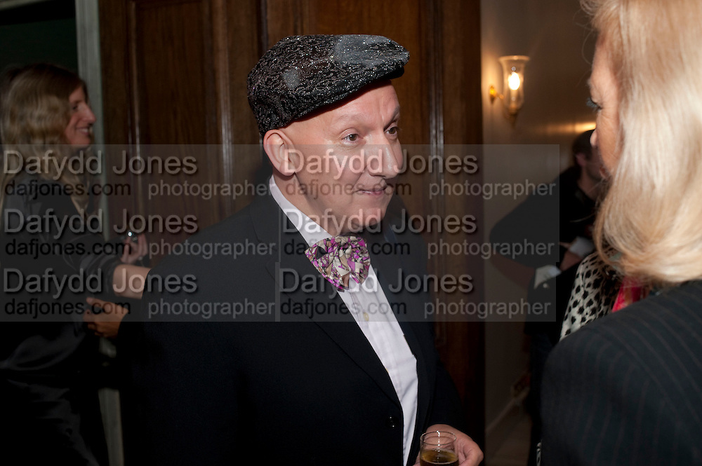 STEPHEN JONES, Capturing Claudia. Interpretations of Claudia Schiffer by leading contemporary artists for Harpers Bazaar magazine. Colnaghis Gallery. Old Bond st. and afterwards at Locanda Locatelli's restaurant. Portman sq. London. 2 November 2009.