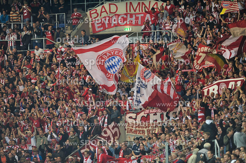 21.09.2010, Rhein-Neckar-Arena, Sinsheim, GER, 1. FBL, TSG Hoffenheim vs FC Bayern Muenchen, im Bild die mitgereisten Fans der Bayern hatten was zu feiern, EXPA Pictures © 2010, PhotoCredit: EXPA/ nph/  Roth+++++ ATTENTION - OUT OF GER +++++ / SPORTIDA PHOTO AGENCY
