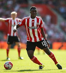 Southampton's Victor Wanyama - Mandatory by-line: Jason Brown/JMP - 07966 386802 - 26/09/2015 - FOOTBALL - Southampton, St Mary's Stadium - Southampton v Swansea City - Barclays Premier League