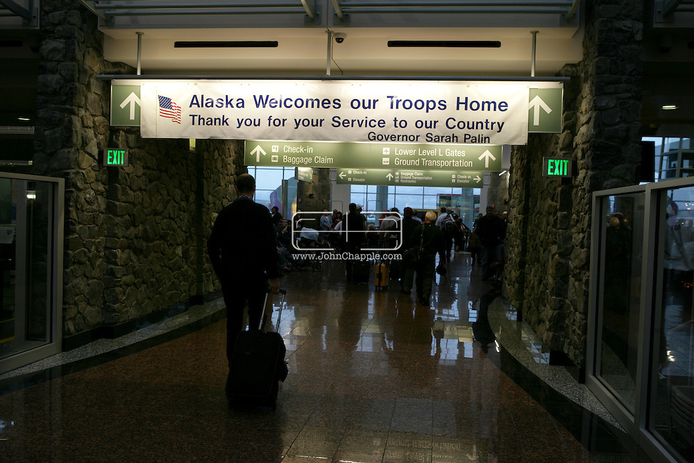 9th September 2008, Anchorage, Alaska. A sign at Anchorage Airport welcoming troops home from the Alaskan Governor, Sarah Palin. PHOTO © JOHN CHAPPLE / REBEL IMAGES.tel: +1-310-570-910