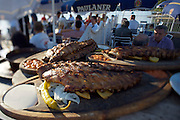 Alte Donau (Old Danube). Strandcafe. Spare ribs.