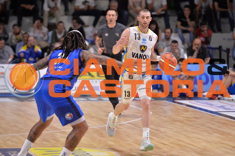Matt Carlino<br /> Vanoli Cremona - Germani Basket Brescia Leonessa<br /> Lega Basket Serie A 2016/2017<br /> Cremona, 09/04/2017<br /> Foto M.Ceretti / Ciamillo - Castoria