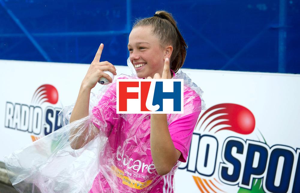 AUCKLAND - Sentinel Hockey World League final women<br /> Match id 10293<br /> 03 England v Germany <br /> Foto: Ball girl dancing..<br /> WORLDSPORTPICS COPYRIGHT FRANK UIJLENBROEK