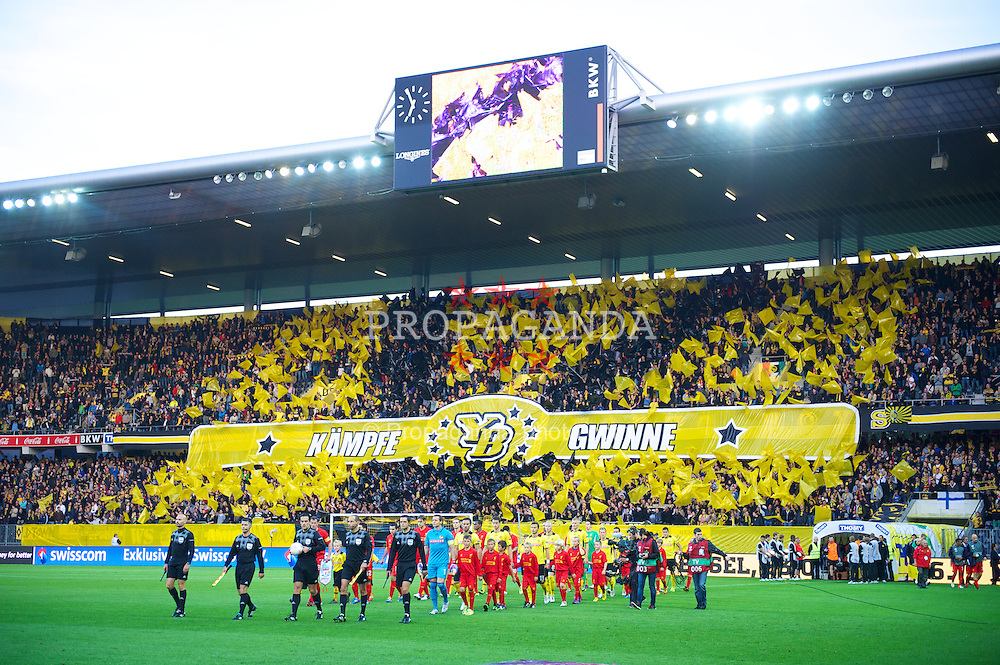 BERNE, SWITZERLAND - Thursday, September 20, 2012: BSC Young Boys and Liverpool players walk out before the UEFA Europa League Group A match at the Wankdorf Stadion. (Pic by David Rawcliffe/Propaganda)