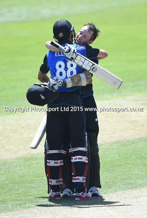 Luke Ronchi celebrates his debut century. ANZ One Day International Cricket Series. Match 5 between New Zealand Black Caps and Sri Lanka at University Oval in Dunedin. New Zealand. Friday 23 January 2015. Copyright Photo: Andrew Cornaga/www.Photosport.co.nz