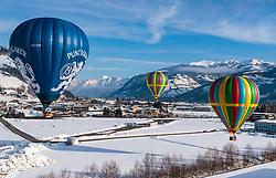 05.02.2018, Zell am See - Kaprun, AUT, BalloonAlps, im Bild Heissluftballone über Zell am See // Hot air balloons over Zell am See during the International Balloonalps Week, Zell am See Kaprun, Austria on 2018/02/05. EXPA Pictures © 2018, PhotoCredit: EXPA/ JFK