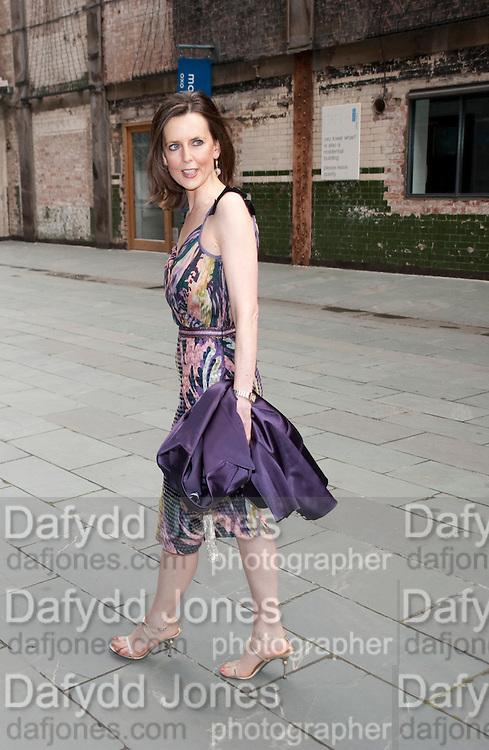 SUSAN ROBERTS, Summer party hosted by Rupert Murdoch. Oxo Tower, London. 17 June 2009