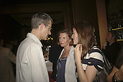 Geoff Dyer, Sophie Leris and Rebecca Wilson, Launch of  Paula Rae Gibson's 'Diary of A Love Addict' Sketch. 10 May 2006. ONE TIME USE ONLY - DO NOT ARCHIVE  © Copyright Photograph by Dafydd Jones 66 Stockwell Park Rd. London SW9 0DA Tel 020 7733 0108 www.dafjones.com