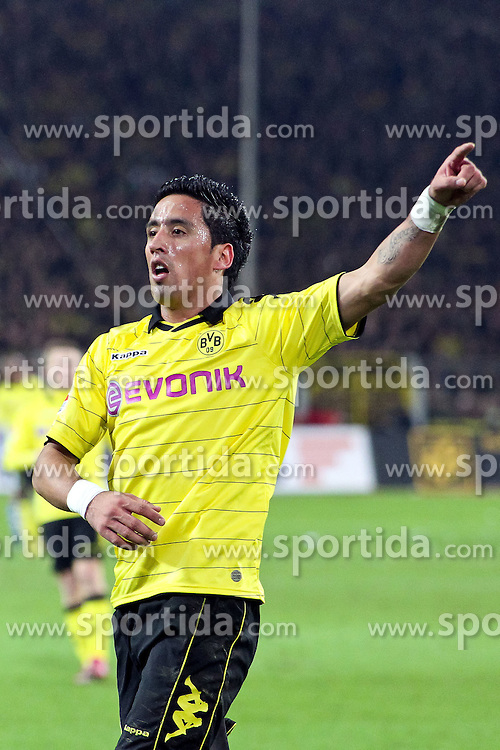 04.02.2011,  Signal Iduna Park, Dortmund, GER, 1.FBL, Borussia Dortmund vs Schalke 04, 21. Spieltag, im Bild: Lucas Barrios (Dortmund #18)  EXPA Pictures © 2011, PhotoCredit: EXPA/ nph/  Mueller       ****** out of GER / SWE / CRO  / BEL ******