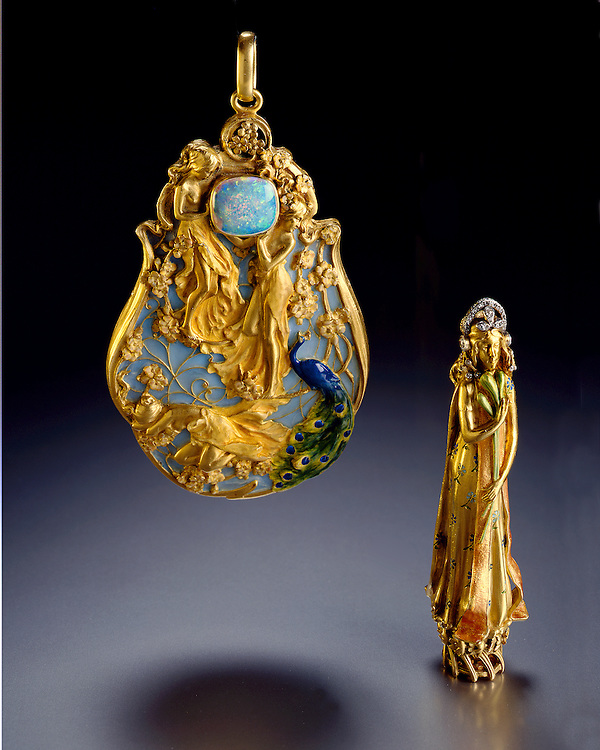 gold plique a jour, enamel, favrile glass medallion and stamp with diamonds early 20C.