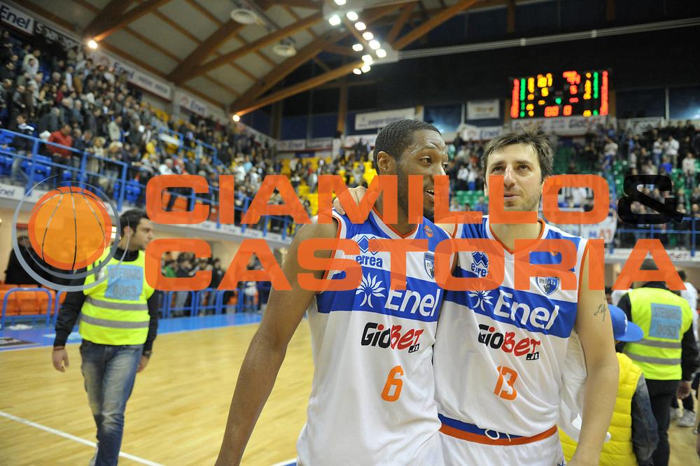 DESCRIZIONE : Brindisi Lega A 2012-13 Enel Brindisi Angelico Biella<br /> GIOCATORE : Antywane Robinson Klaudio Ndoja<br /> CATEGORIA : Ritratto<br /> SQUADRA : Enel Brindisi<br /> EVENTO : Campionato Lega A 2012-2013 <br /> GARA : Enel Brindisi Angelico Biella<br /> DATA : 14/04/2013<br /> SPORT : Pallacanestro <br /> AUTORE : Agenzia Ciamillo-Castoria/V.Tasco<br /> Galleria : Lega Basket A 2012-2013  <br /> Fotonotizia : Brindisi Lega A 2012-13 Enel Brindisi Angelico Biella