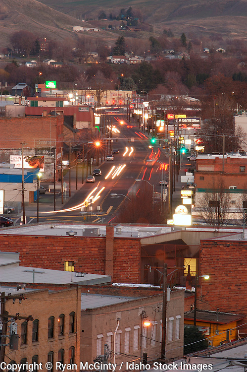 IDAHO. Lewiston. Car light trails traveling down Main Street at dusk. #lmsd_8