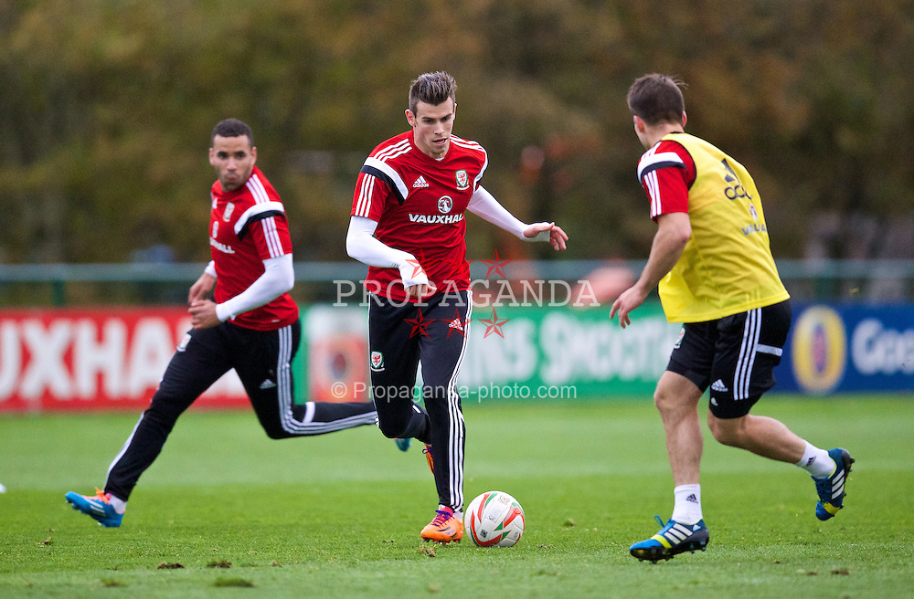 CARDIFF, WALES - Wednesday, November 13, 2013: Wales' Gareth Bale during a training session at the Vale of Glamorgan ahead of the international friendly match against Finland. (Pic by David Rawcliffe/Propaganda)