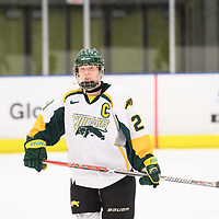 5th year forward Kylee Kupper (21) of the Regina Cougars in action during the Women's Hockey home game on January 27 at Co-operators arena. Credit: Arthur Ward/Arthur Images