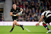 Twickenham, Surrey. England.  All Blacks, Scrum Half, TJ PERENARE,  during the Killik Cup, Barbarians vs New Zealand. Twickenham. UK.<br /> <br /> Saturday  04.11.17<br /> <br /> [Mandatory Credit Peter SPURRIER/Intersport Images]