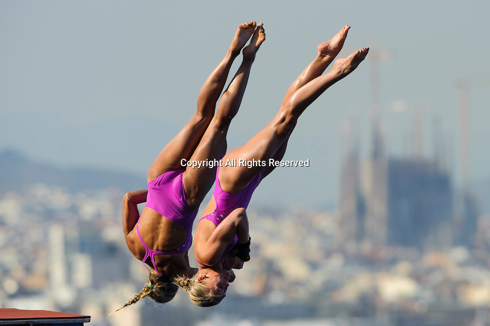 22.07.2013 Barcelona, Spain. Tonia Couch and Sarah Barrow of Great Britain (GBR) in action during the Womens 10m Synchronised Platform Diving Final on Day 3 of the 2013 FINA World Championships, at the Piscina Municipal de Montjuic.