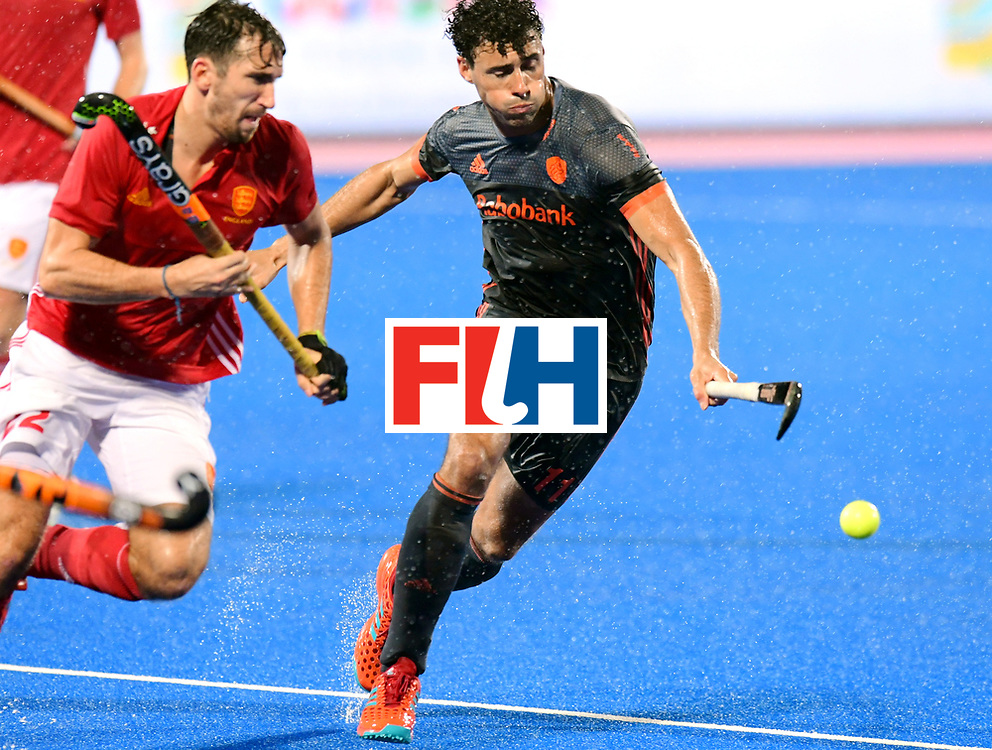 Odisha Men's Hockey World League Final Bhubaneswar 2017<br /> Match id:17<br /> England v Netherlands<br /> Foto: David Condon (Eng) and Glenn Schuurman (Ned) <br /> COPYRIGHT WORLDSPORTPICS FRANK UIJLENBROEK