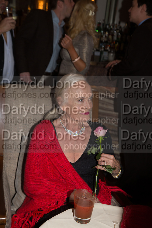 FORMER BOND GIRL SHIRLEY EATON, Cocktails with Marilyn, viewing of photographs of Marilyn Monroe by Bert Stern, Eve Arnold, Douglas Kirkland, and Frank Worth presented by Zebra One Gallery. The Langham, London.
