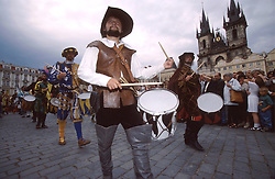 CZECH REPUBLIC PRAGUE JUL97 - Drummers announce the procession of Habsburg Ceasar Rudolf II arriving in Prague. ..jre/Photo by Jiri Rezac.. © Jiri Rezac 1997. . Tel:   +44 (0) 7050 110 417. Email: jiri@jirirezac.com. Web:   www.jirirezac.com