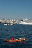 Turkey. Istambul. cruise boat on the Bosphorus. Bateau de croisiere sur le Bosphore