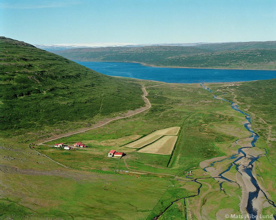 Heydalur, Mjóifjörður, Súðavíkurhreppur áður Reykjarfjarðarhreppur. /.Heydalur, Mjóifjordur, Sudavikurhreppur former Reykjarfjardarhreppur