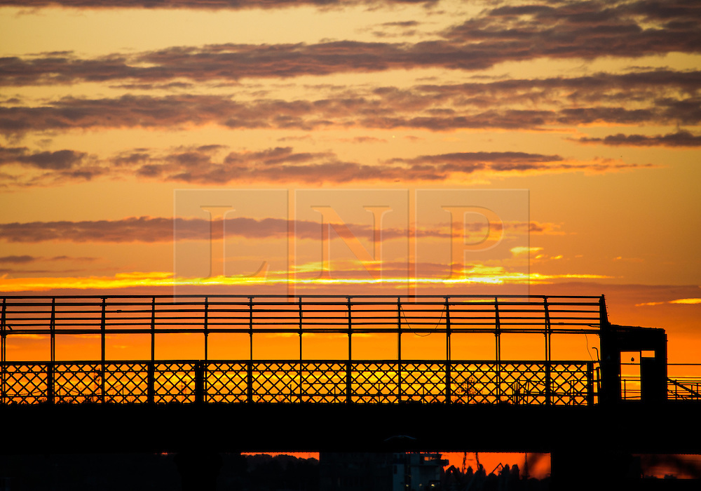 © Licensed to London News Pictures. 07/09/2016. Dramatic sunset over the Thames at Gravesend on the evening of 7th September 2016. Gravesend was the hottest place in the country on the 7th September with temperatures reaching 29C. Credit : Rob Powell/LNP