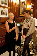 ASHLEY HOPE-DUNN; ANNABEL DUNNE, Graydon Carter hosts a dinner to celebrate the reopening og the American Bar at the Savoy.  Savoy Hotel, Strand. London. 28 October 2010. -DO NOT ARCHIVE-© Copyright Photograph by Dafydd Jones. 248 Clapham Rd. London SW9 0PZ. Tel 0207 820 0771. www.dafjones.com.