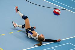 25-10-2017 NED: Sliedrecht Sport - Eurosped TVT, Sliedrecht<br /> Sliedrecht Sport wint met 3-1 van Eurosped / Esther Hullegie #3 of Sliedrecht Sport