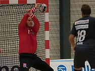 HÅNDBOLD: Mike Jensen (Nordsjælland) redder under kampen i 888-Ligaen mellem Nordsjælland Håndbold og Århus Håndbold den 2. september 2017 i Helsinge Hallen. Foto: Claus Birch.