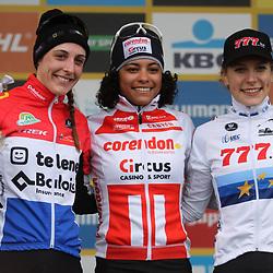 24-11-2019: Wielrennen: Wereldbeker Veldrijden: Koksijde: Ceylin Alvarado wint in Koksijde voor Lucinda Brand en Yara Kastelijn
