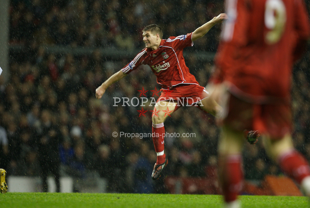 LIVERPOOL, ENGLAND - Tuesday, January 15, 2008: Liverpool's captain Steven Gerrard MBE scores his hat-trick goal against Luton Town during the FA Cup 3rd Round Replay at Anfield. (Photo by David Rawcliffe/Propaganda)