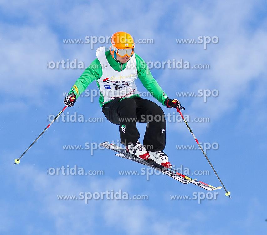 29.01.2011, Obermaiselstein, Grasgehren, GER, FIS Weltcup Ski Cross, Women and Men, im Bild Simon Jecl (SLO) during the FIS Ski Cross Worldcup in Grasgehren, EXPA Pictures © 2011, PhotoCredit: EXPA/ P. Rinderer