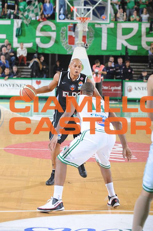 DESCRIZIONE : Treviso Lega A1 2008-09 Benetton Treviso Eldo Caserta<br /> GIOCATORE : Gullermo Diaz<br /> SQUADRA : Eldo Caserta<br /> EVENTO : Campionato Lega A1 2008-2009 <br /> GARA : Benetton Treviso Eldo Caserta<br /> DATA : 02/11/2008 <br /> CATEGORIA : Palleggio<br /> SPORT : Pallacanestro <br /> AUTORE : Agenzia Ciamillo-Castoria/M.Gregolin