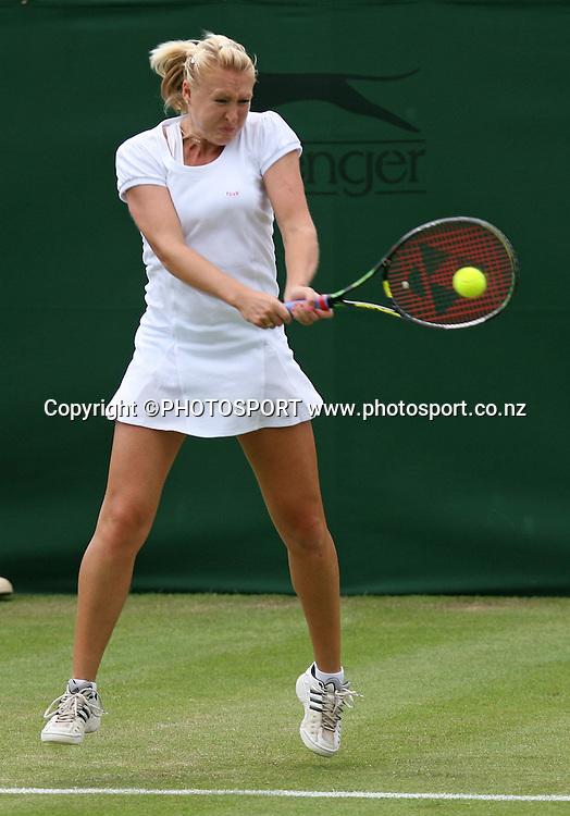 Elena Baltacha in action against Jie Zheng. The All England Lawn Tennis Championships. Wimbledon, UK, Thursday 25 June 2008. Photo: Offside/PHOTOSPORT