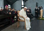 ICS Papal Chair
