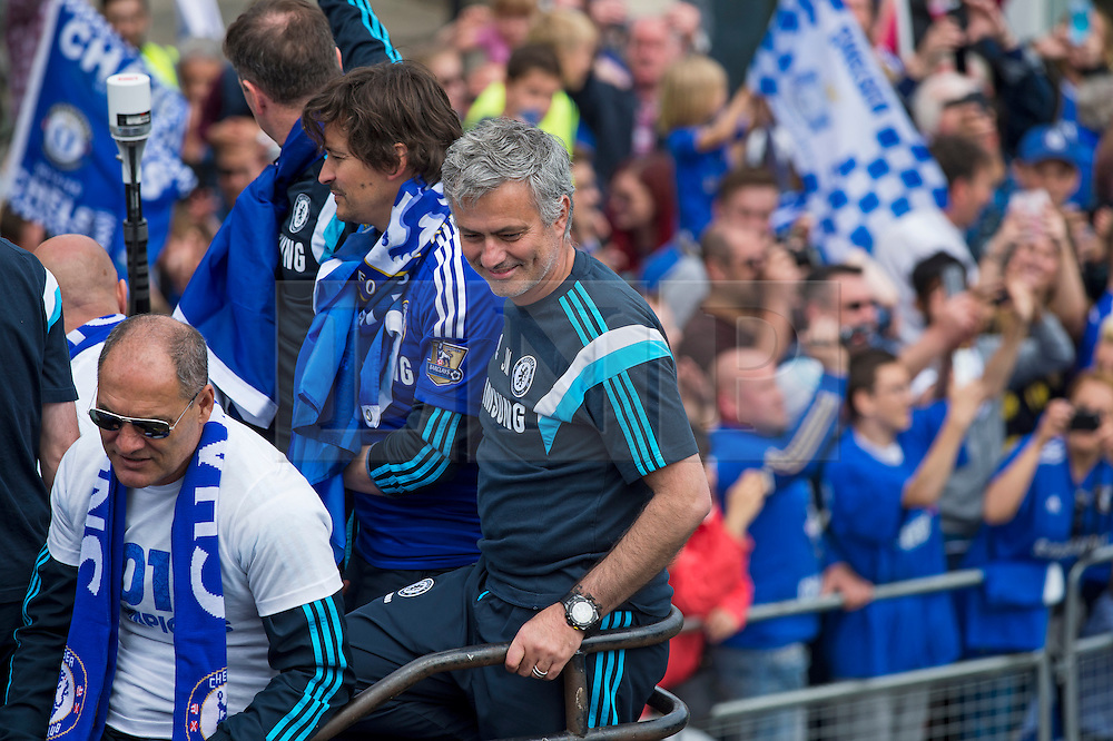 © Licensed to London News Pictures. 25/05/2015. London, UK. JOSE MORINHO. The Chelsea FC first team and manager Jose Morihno parade the 2014/15 Premier League trophy and the Capital One Cup through the streets of West London in an open top bus to celebrate their seasons achievements.  Photo credit: Ben Cawthra/LNP