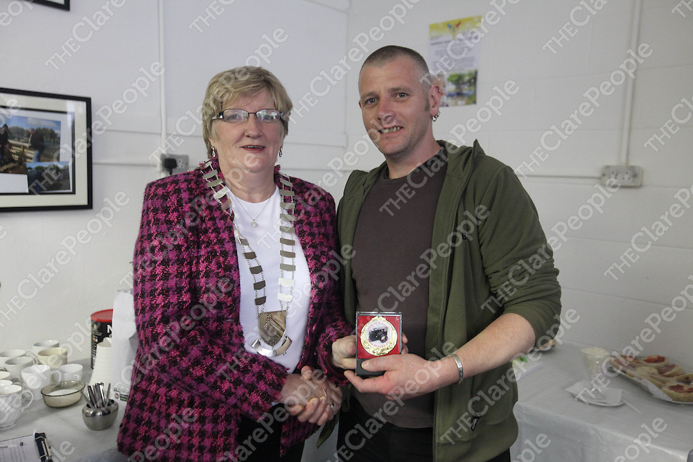 Mayor Mary Brennan and Ian Kelly pictured at the Photo Expo in Ballycasey, Shannon on Friday.<br /> Pic. Brian Arthur/ Press 22.