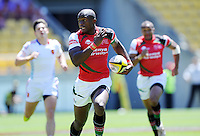Kenya's Willy Ambaka trybound against France at the IRB International Rugby Sevens, Westpac, Wellington, New Zealand, Friday, February 01, 2013. Credit:SNPA / Ross Setford