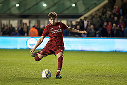 MANCHESTER, ENGLAND - Thursday, April 25, 2019: Liverpool's Neco Williams scores the first penalty of the shoot-out after the FA Youth Cup Final match between Manchester City FC and Liverpool FC at the Academy Stadium. Liverpool won 5-4 on penalties after a 1-1 extra-time draw. (Pic by David Rawcliffe/Propaganda)